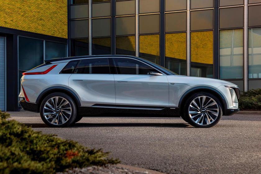 Дешевле Tesla, Audi и Jaguar: цена первого электрокара Cadillac составит менее 60 000 долларов