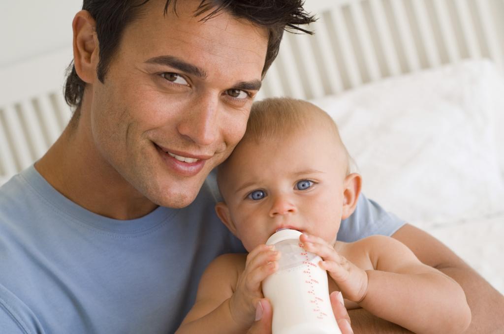 Почему мужчины полнеют после того, как становятся отцами: результаты 20 летнего исследования