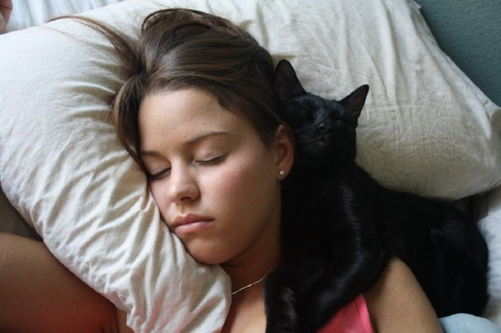 Ведьма распознается во сне: как понять, были ли в вашем роду колдуны (три точных признака)