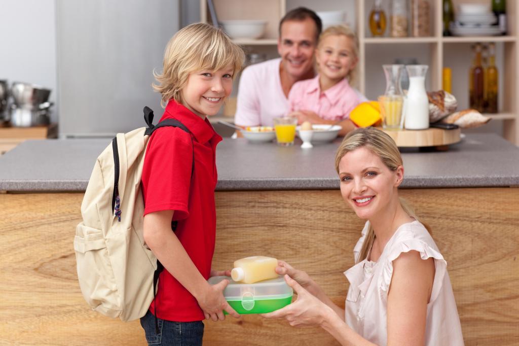 Ученики оценят: мама собрала детям в школу завтрак в виде аппетитных пазлов (легко повторить)