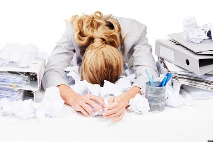 Холодный душ, игра в шахматы и еще 5 эффективных приемов для снятия рабочего стресса: советы успешных руководителей