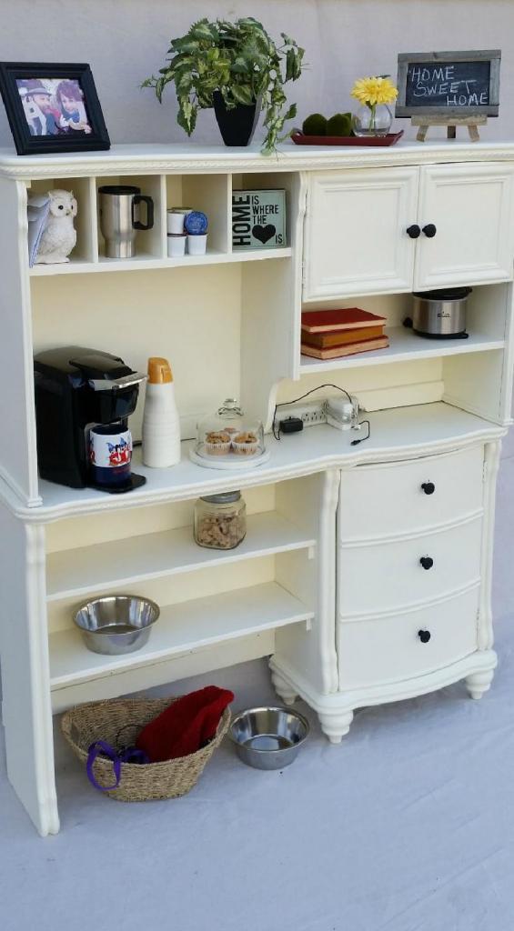 Бюджетный вариант обновить мебель в кухню: делаем из старого письменного стола стильный буфет (фото)