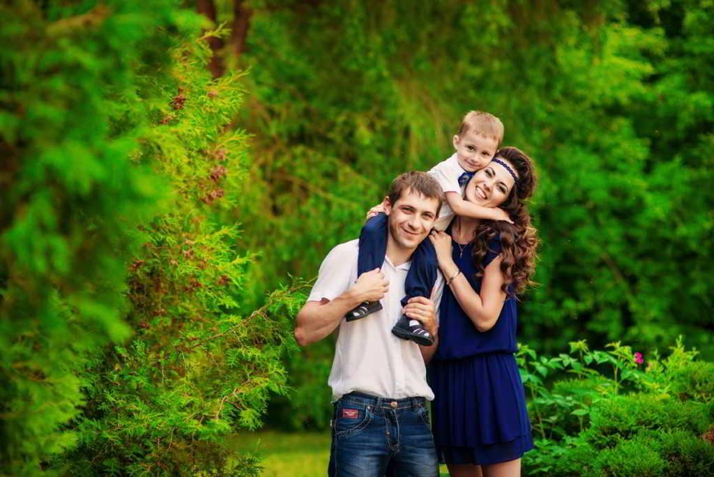 «Зачем кому то заводить детей?»: женщина назвала реальные причины, чтобы стать мамой. К примеру, это очень весело