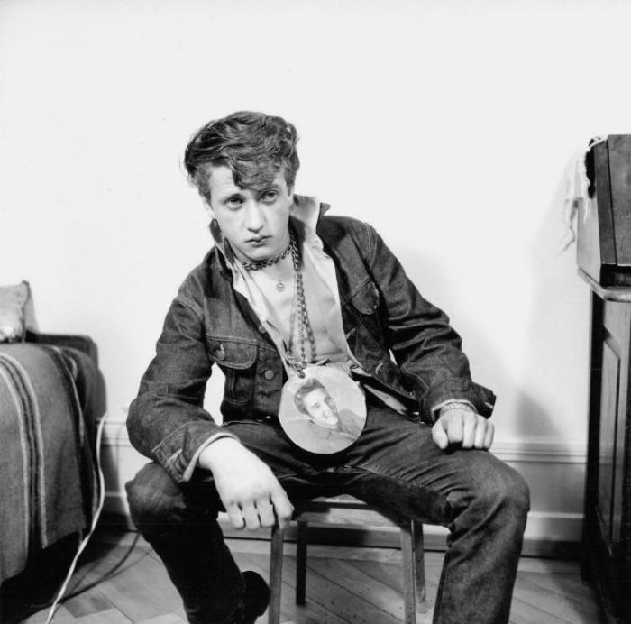 Они называли себя бунтарями: вызывающие наряды швейцарских фанатов Элвиса Пресли 1950-х годов (фото)