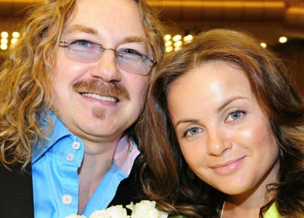 Случайно оказался билет на концерт. Как познакомились Проскурякова и Николаев, которые празднуют 10 ю годовщину свадьбы