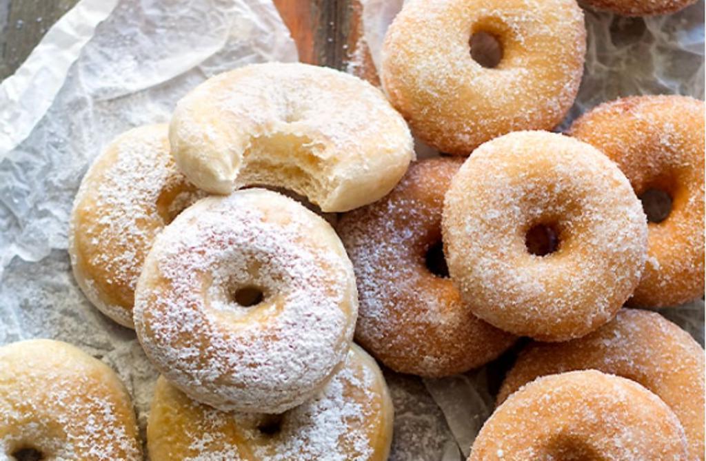 Пушистые пончики без яиц, масла и молока: веганский рецепт