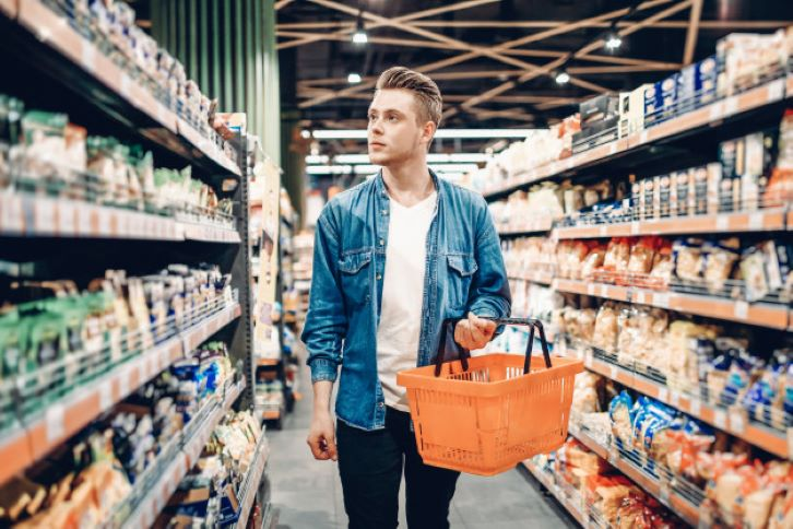 Смотрю в магазине на набор продуктов, которые покупают мужчины. По нему определяю основные черты характера (совет психолога, который еще ни разу не подводил)