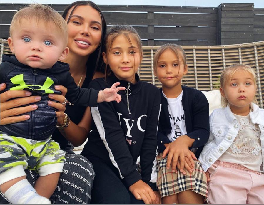 Трудности взросления: Оксана Самойлова рассказала, что поведение их с Джиганом дочери Майи испортилось
