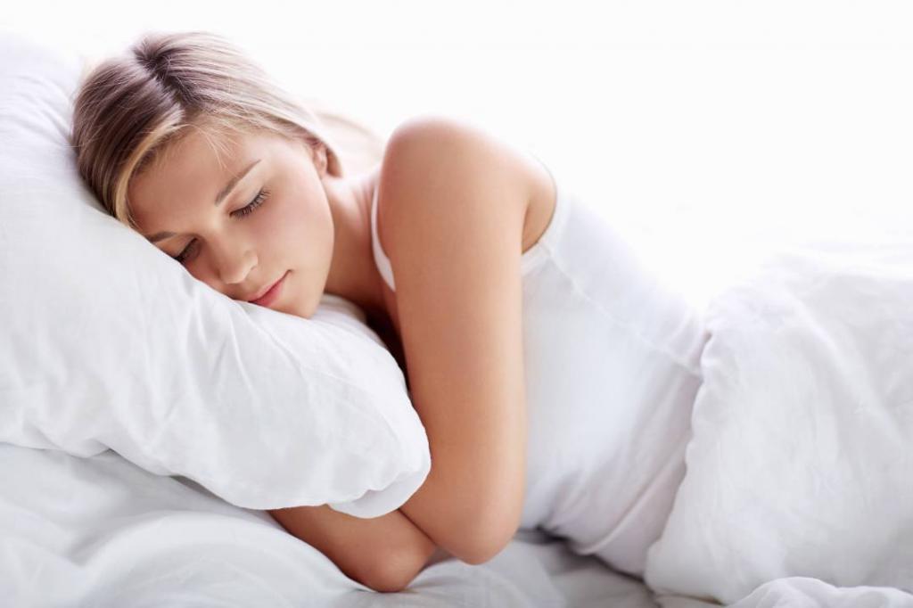 Сокращение ночного сна всего на 15 минут приводит к увеличению веса