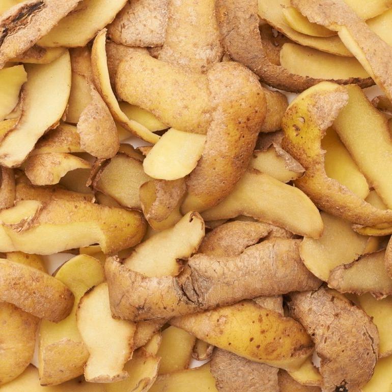 Из кожуры сырого картофеля делаю необычную закуску. Даже настоящие гурманы оценят по достоинству