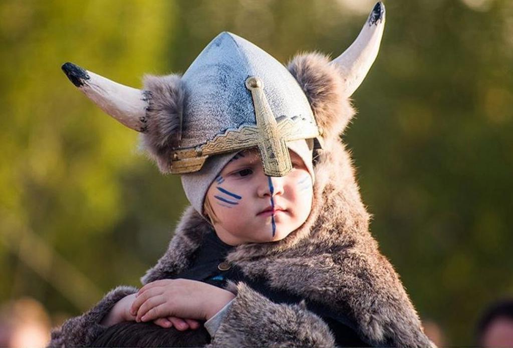 Не все викинги были светловолосыми скандинавами: новое исследование ученых поменяло представление о средневековых морских кочевниках