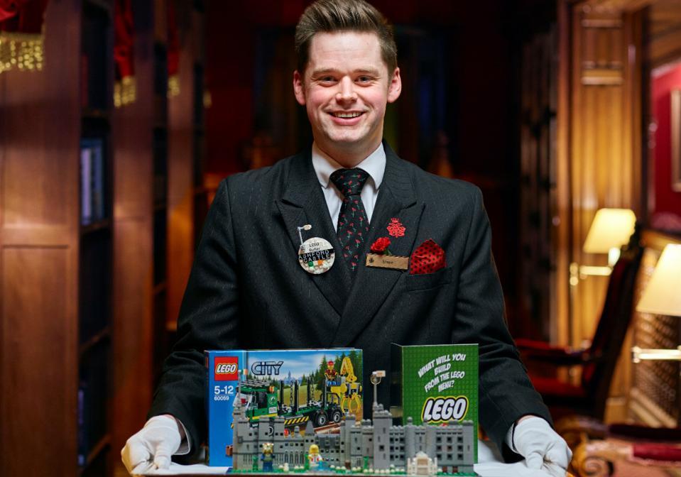Дворецкие LEGO, переводчики с птичьего и гуру неба: удивительные профессии в современных отелях