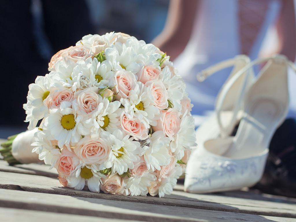 Необычная задумка жениха-дальнобойщика: в Дагестане к дому невесты подъехал кортеж из 14 дорогих грузовиков