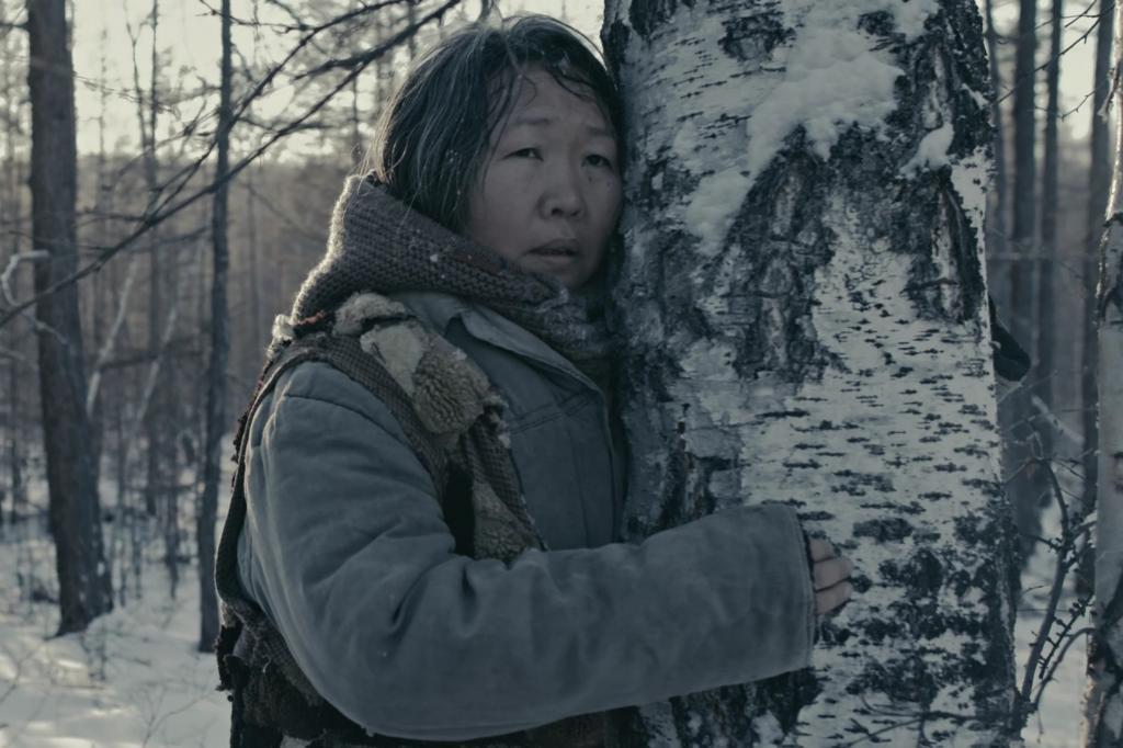 Главный приз 31-го Кинотавра достался якутскому кинематографу. Фильм Пугало режиссера Дмитрия Давыдова