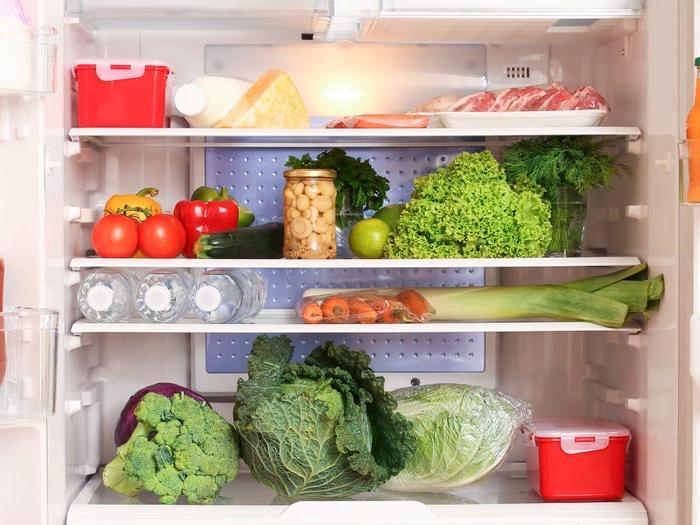 Вкус сухофруктов испортится, если хранить их при комнатной температуре более 2-3 месяцев - положите их в морозилку: как не испортить продукты - лучшие способы