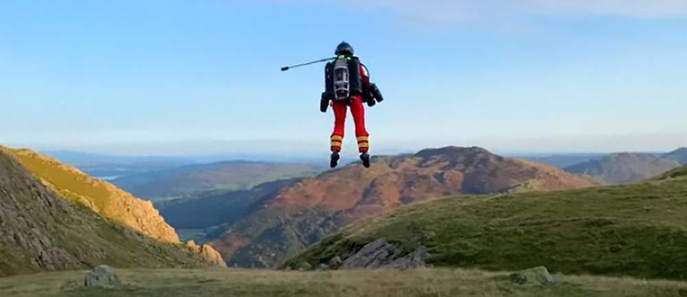 Это не сон: костюм с реактивным двигателем для самостоятельных полетов спасателей проходит успешные испытания