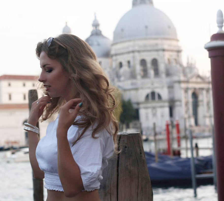 Социализация нон-стоп: москвичка переехала в Венецию и рассказала, чем же отличается солнечная Италия
