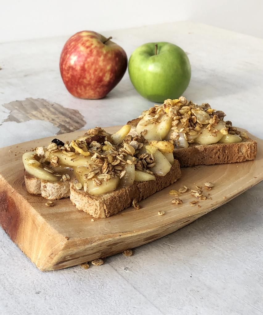 Яблочный пирог для ленивых: простой рецепт классического десерта на хлебе