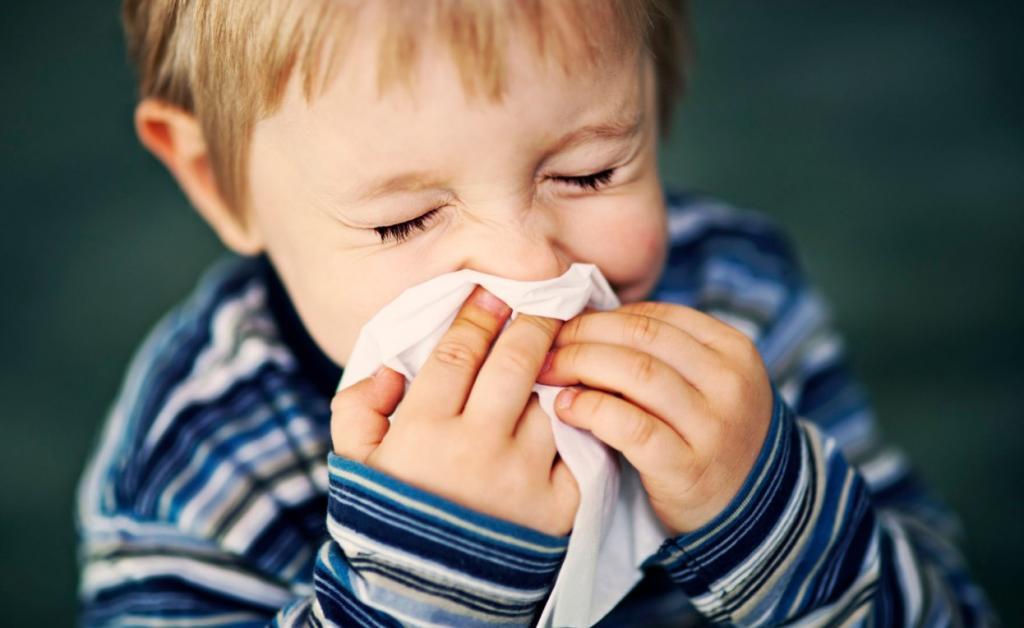 Как помочь ребенку пережить сезон ОРВИ: пробиотики, витамины, режим сна и другие способы для поддержки организма