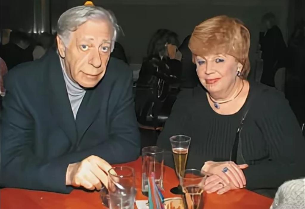 «Я благодарна, что он на мне женился»: каким был второй муж Ларисы Рубальской
