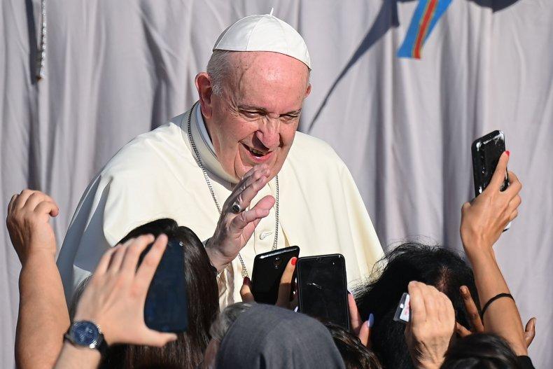 Вот это да! Папа римский Франциск в интервью признал, что чрезмерное морализаторство  причинило вред самой католической церкви