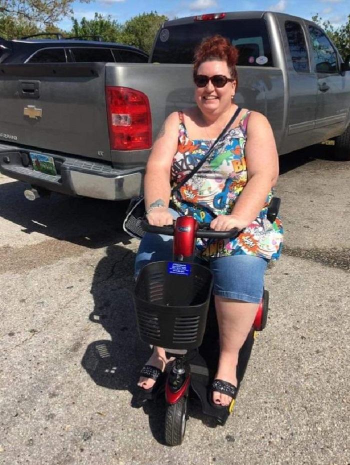 Женщина отказалась от вредной пищи и газировки и скинула 70 кг: фото