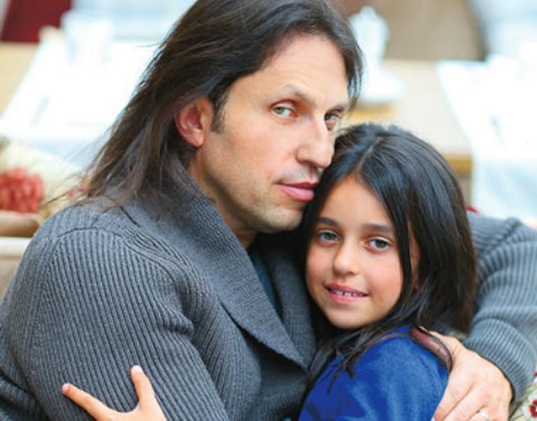 Старшей дочери Александра Реввы исполнилось 13 лет. Алиса выросла очень красивой девушкой (новые фото)