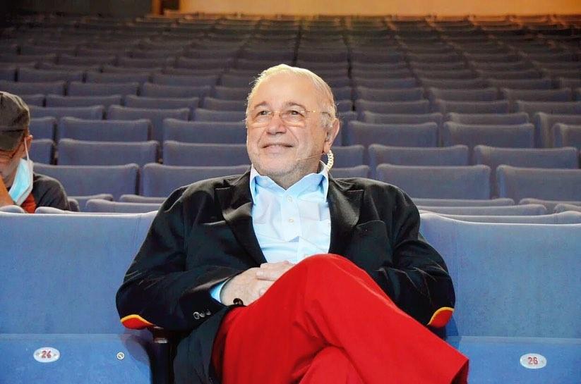 Почему в кинотеатре можно собирать зрителей, а в концертном зале — нет?: Петросян возмущен отменой своих концертов