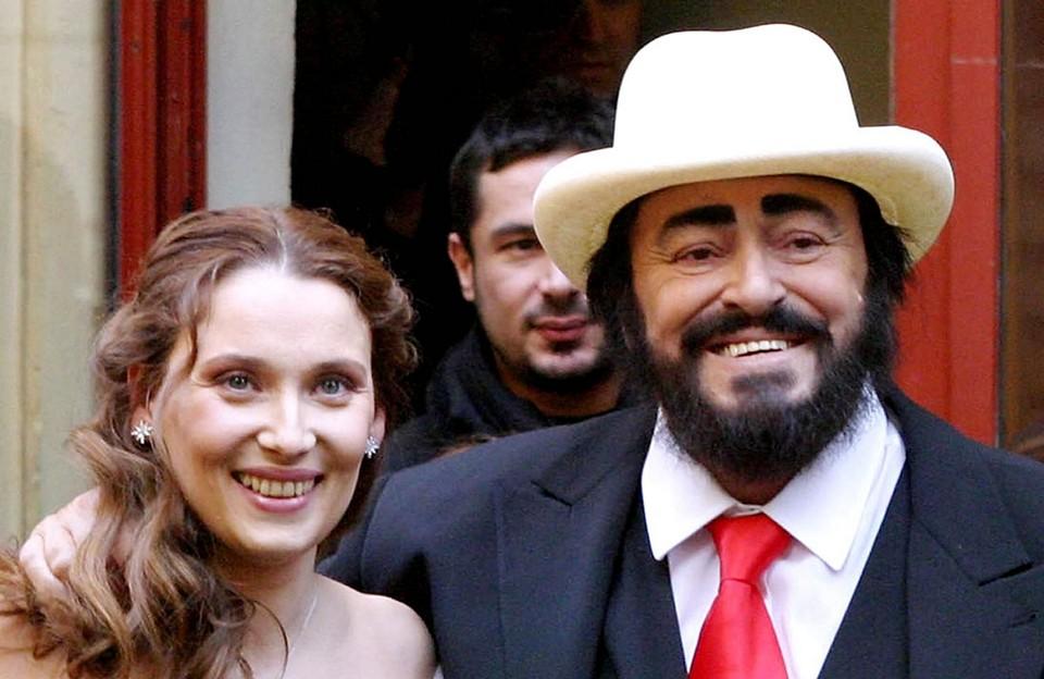 Вдова Лучано Паваротти нашла новую любовь и снова вышла замуж в свои 50 лет