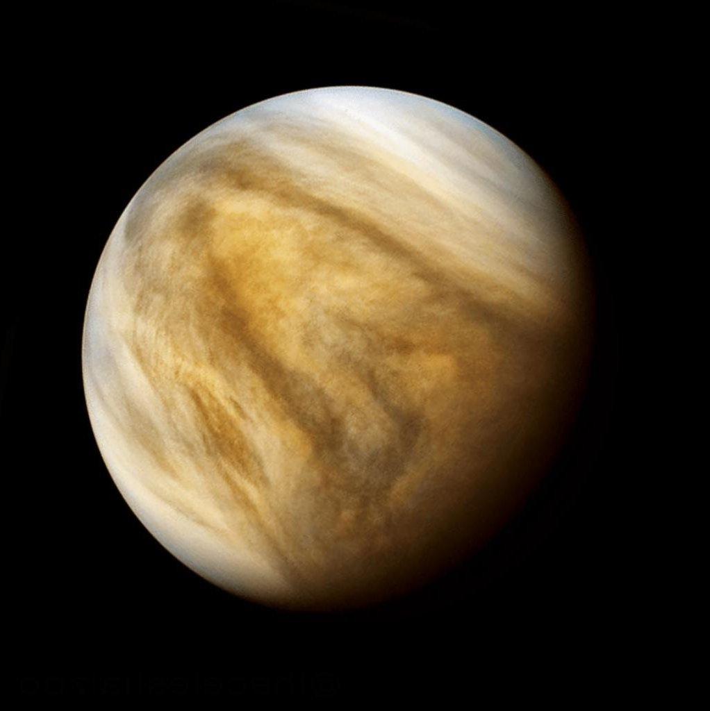 Европейский и японский космический аппарат почти достиг Венеры и сможет подтвердить наличие фосфина в атмосфере