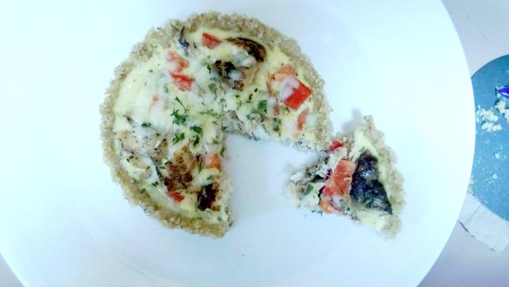 Корж из овсяных хлопьев, овощи и яичный крем: порадовала себя очень вкусным пирогом из доступных ингредиентов