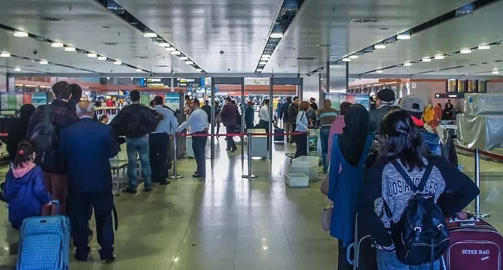 Гражданам РФ стали чаще отказывать во въезде в Турцию из-за паспортов