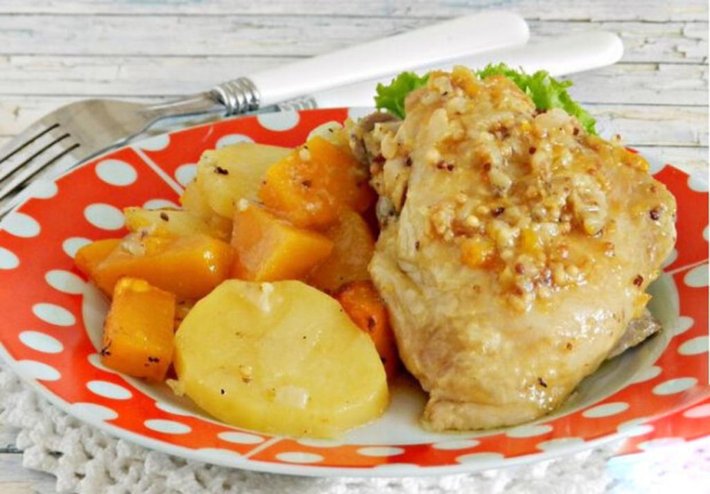 Куриные бедрышки с тыквой, картошкой и горчицей. Простое, но очень вкусное блюдо