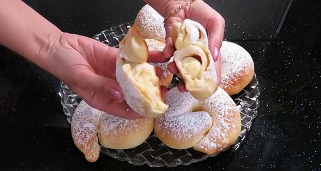 Пеку многослойные булочки, начинку добавляю по желанию: получаются легкими, воздушными, долго не черствеют
