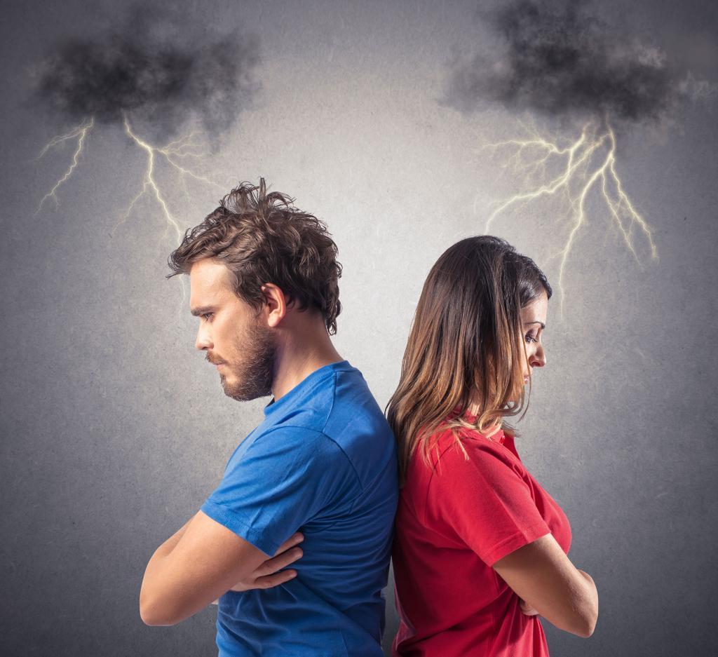 Он ни разу не помыл за собой тарелку: 7 факторов, которые рано или поздно могут привести к разводу