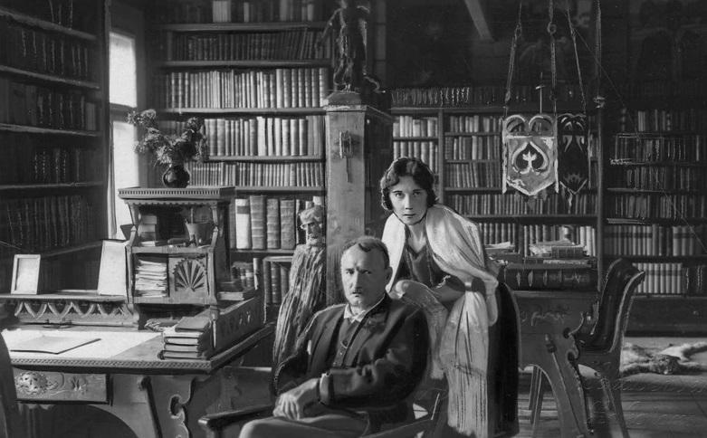 Для поляков их брак был своего рода предательством: как дочь русского генерала Маруся Бунина нашла свою любовь в поэте из Польши