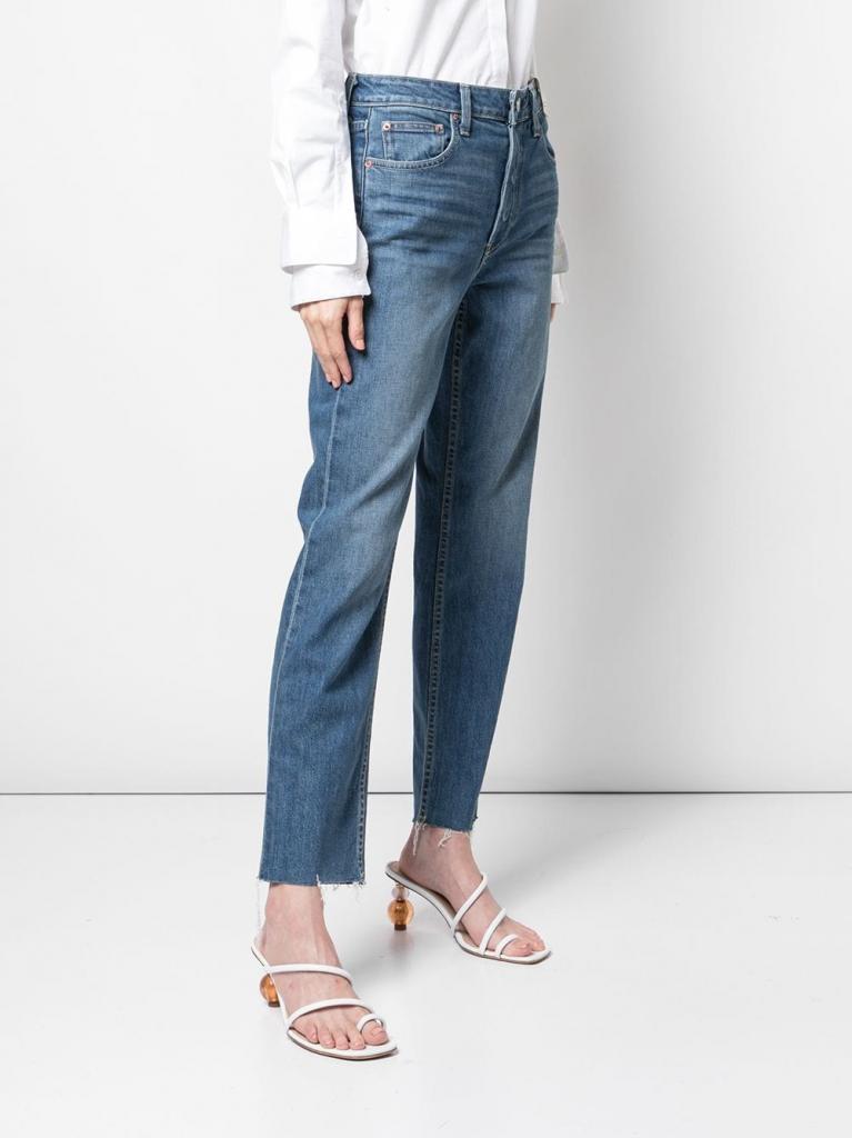 Модели джинсов, которые делают образ безвкусным: чем их можно заменить в этом сезоне (фото)
