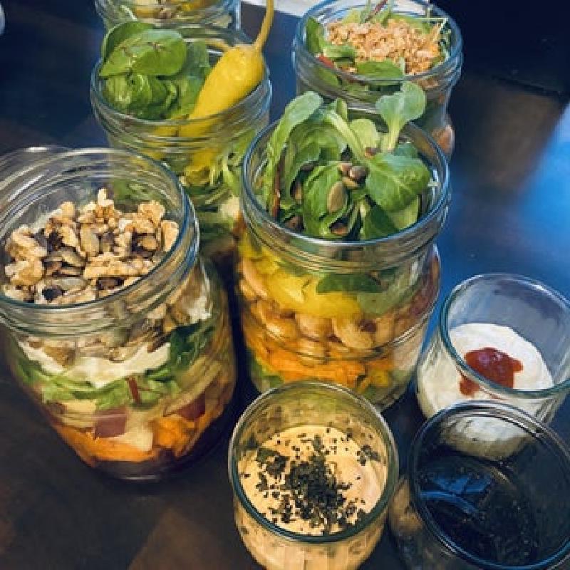 Банки с салатом на неделю вперед: не трачу время на приготовление завтрака, все делаю заранее