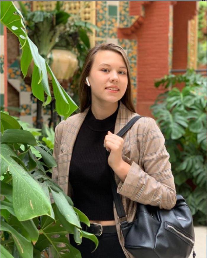 Пухлые щечки и детский взгляд: как выглядит единственная внучка Владимира Меньшова (фото)