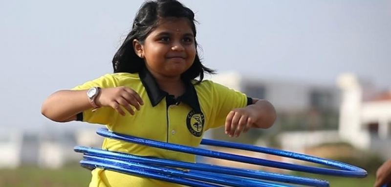 Четыре юных хула-хупера из Индии побили мировые рекорды Гиннесса (видео)
