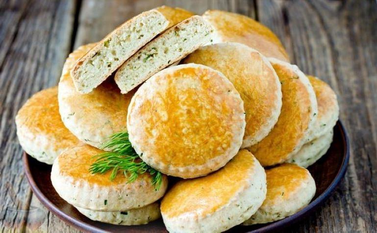 Хлеб домой не покупаю. Делаю дома несладкое печенье. Все, кто попробовал, просят рецепт