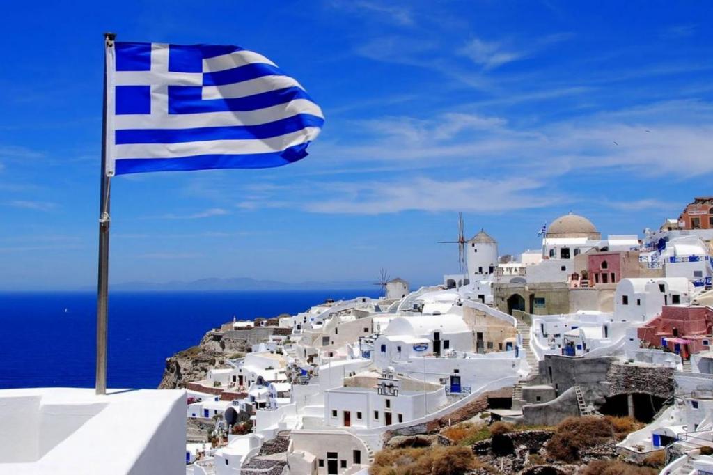 Греция может открыться для россиян уже с 1 октября: составили 2-недельный маршрут по этой стране