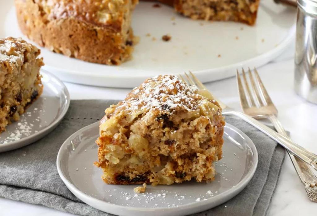 Любимый рецепт пышного яблочного пирога: в тесто кладу овсянку и орехи