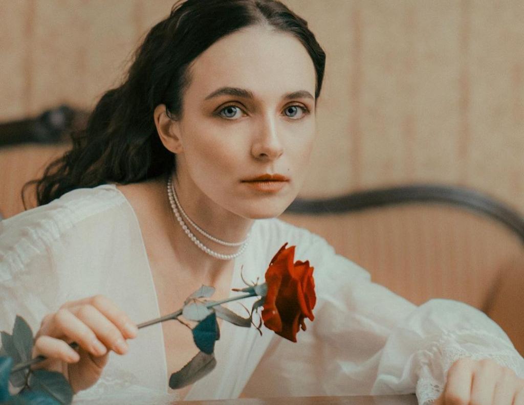 Какая красивая девочка . Анна Снаткина впервые за долгое время показала свою дочь Веронику (новые фото)