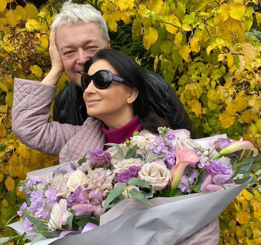 33 года вместе: Екатерина Стриженова поделилась секретами счастливого брака