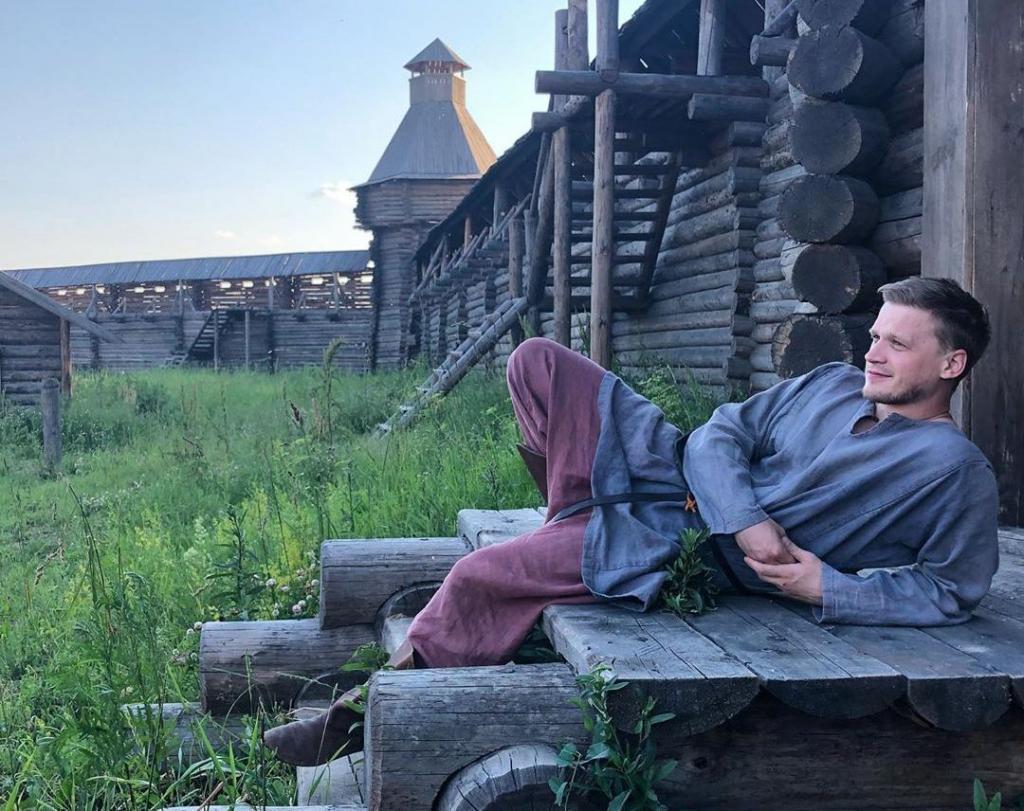 Суворовца Трофимова трудно узнать. Как сегодня выглядит Артур Сопельник (новые фото)