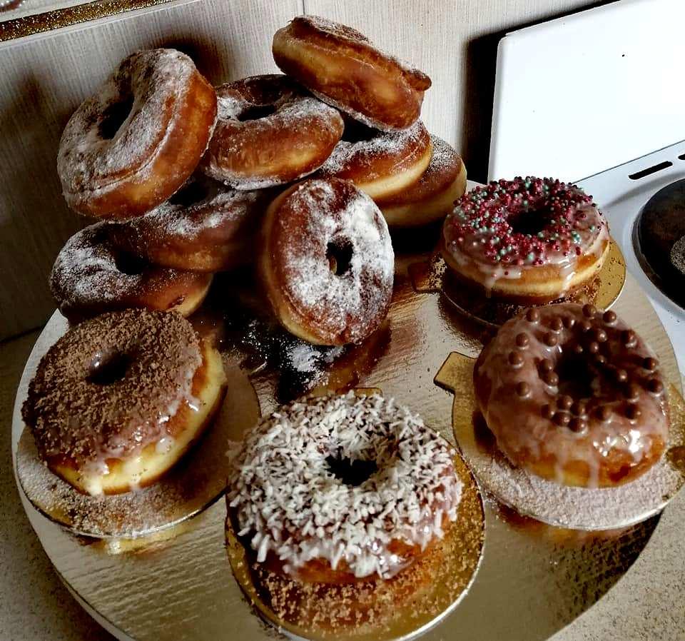 Приготовила американские пончики по рецепту Эктора Хименес-Браво. Такие вкусные, что ела и не могла остановиться