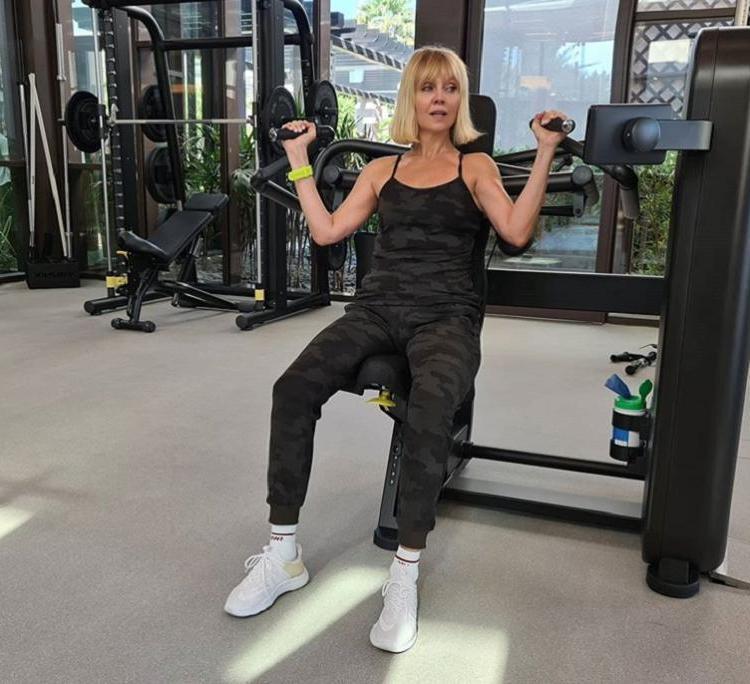Валерия показала, как тренируется в спортзале: певицу сравнили с солдатом Джейн