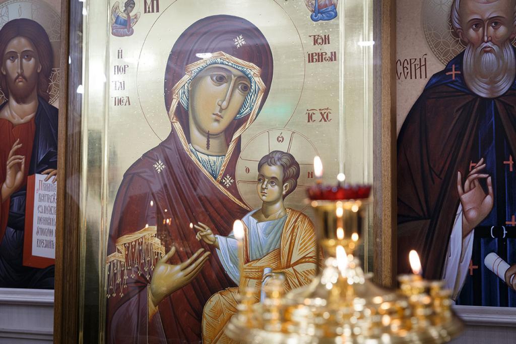 26 октября – день Иверской иконы Божией Матери. Какую молитву прочитать, чтобы получить все, о чем попросите