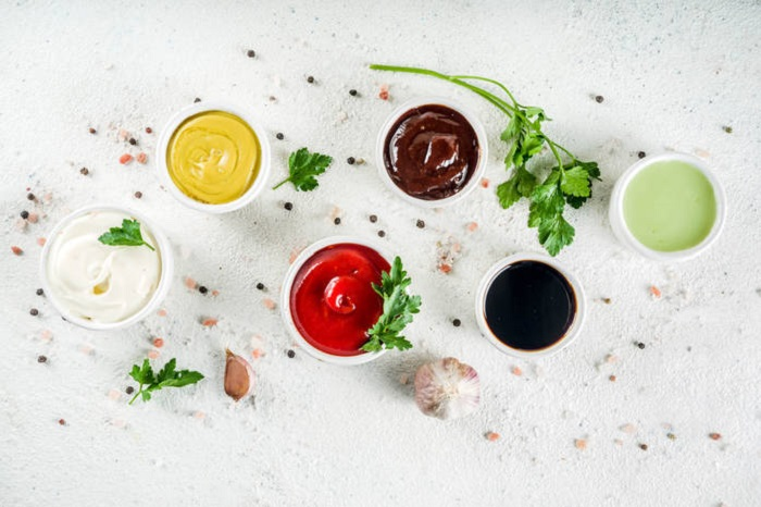 Рассол не выливаю, а делаю из него новые соленья: вкусности, которые можно приготовить из остатков майонеза, кетчупа и других продуктов